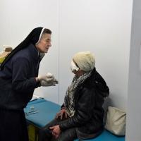 kleine herzen unterstützt den Bau eines Zentrums für Flüchtlinge im ukrainischen Charkiw