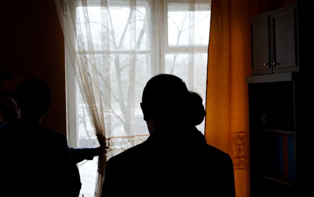 coeurs petit remplacement des fen tres lourdement endommag s dans l 39 orphelinat de porkhov. Black Bedroom Furniture Sets. Home Design Ideas