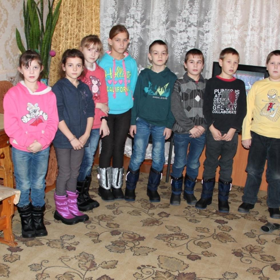 Kinder des Kinderheimes von Pokhov
