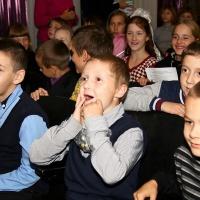 Dankbarkeit der Kinder von Porkhov für Merck Family Foundation Unterstützung