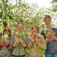 Neue Gartengeräte für das Kinderheim von Krasnogorodsk